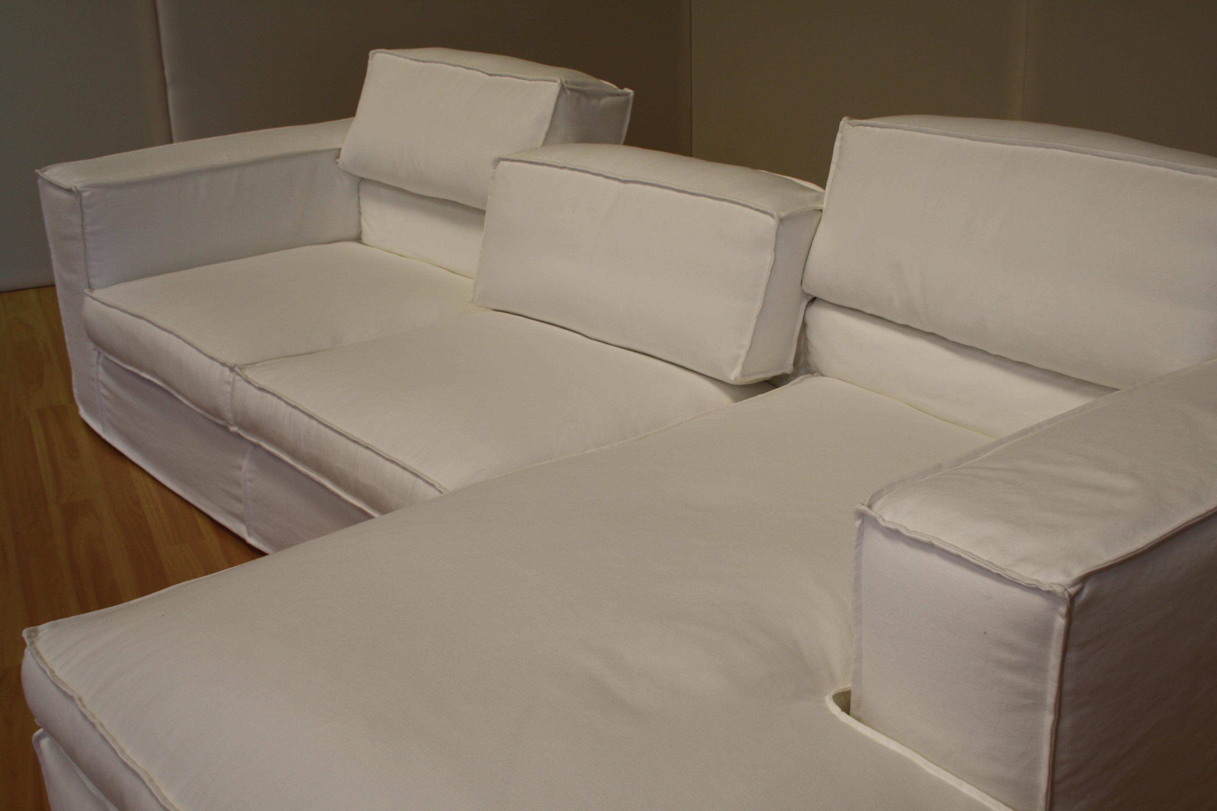 Nuova collezione di divani e letti blog arredamento for Letti divani e divani