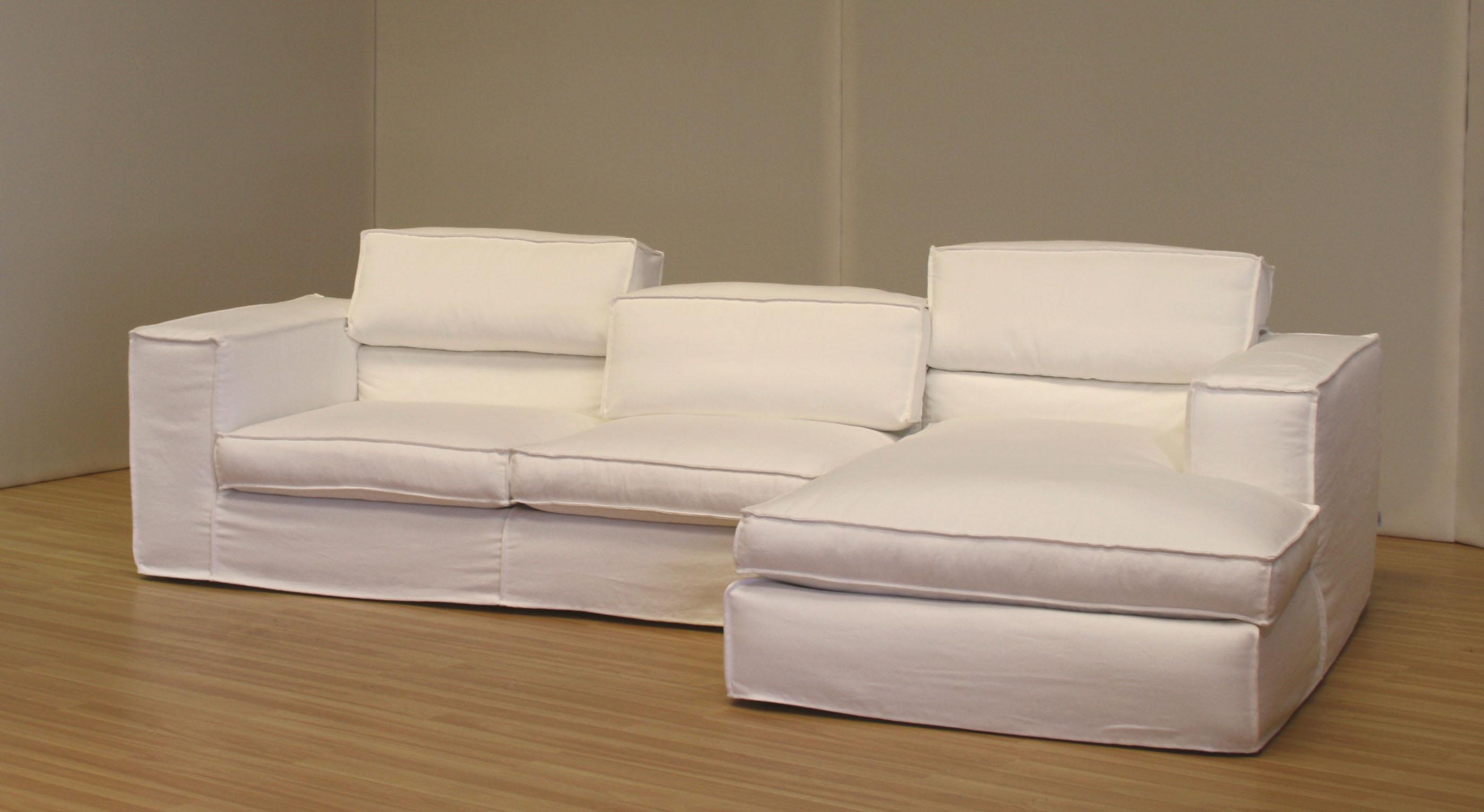Novita ecco il nuovo divano up down blog arredamento - Accostare due divani diversi ...